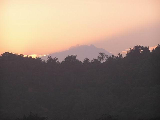 キナバル山の画像 p1_12